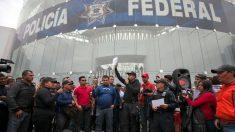 Policiais protestam contra criação da Guarda Nacional no México