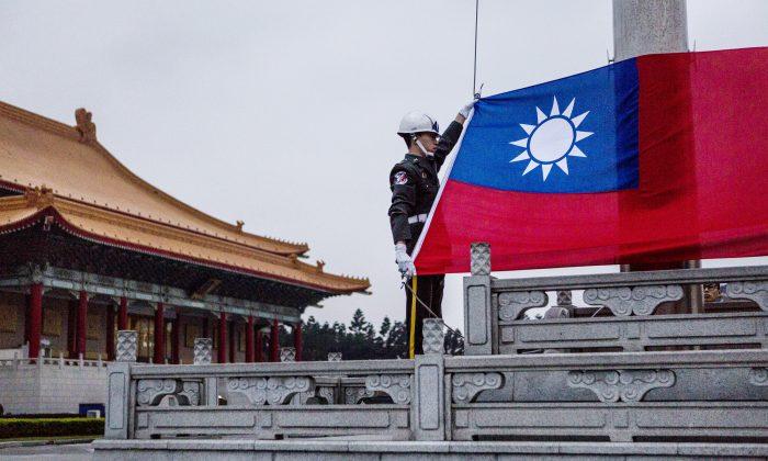"""Partido pró-Pequim de Taiwan afirma que modelo """"um país, dois sistemas"""" é """"fracasso absoluto"""""""