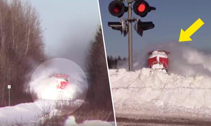 Trem em alta velocidade segue em direção à muralha de neve, o momento da colisão é chocante