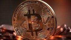 Clientes acusam corretora de bitcoin de sumir com dinheiro
