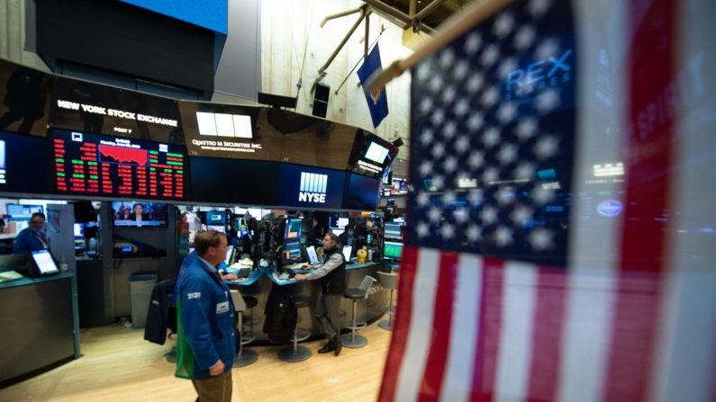 Wall Street se torna próximo campo de batalha na guerra comercial entre EUA e China