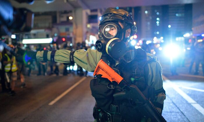 Alto funcionário de Hong Kong: governo pode proibir Internet no intuito de impedir protestos