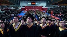 Regime chinês reprime dissidência e crenças religiosas nas universidades