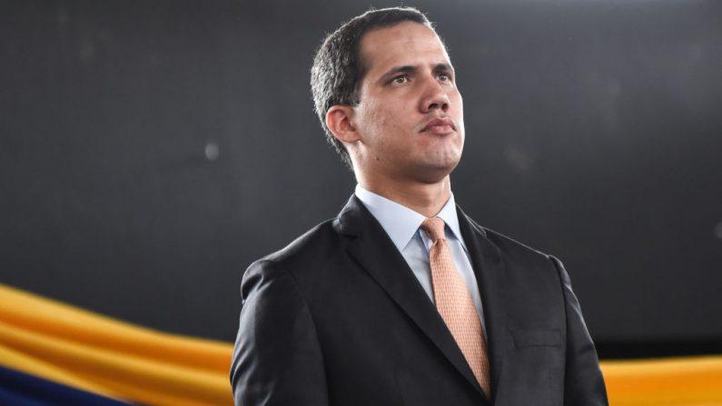 Guaidó chega à Colômbia, onde se encontrará com Mike Pompeo e Iván Duque