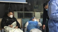 Cidadãos chineses relatam agravamento da disseminação de vírus, enquanto autoridades sugerem gravidade da crise