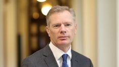 Irã defende que embaixador britânico em Teerã seja expulso do país