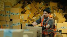 Ex-funcionária denuncia que Amazon é uma 'fábrica de exploração sectária administrada por robôs'