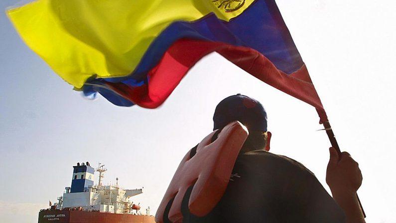 Parentes de 50 venezuelanos desaparecidos em suposto naufrágio denunciam 'sequestro no mar'