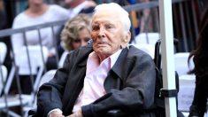 Kirk Douglas, lenda do cinema, morre aos 103 anos
