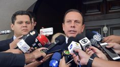 Pressionado, Doria não cita 'toque de restrição' em decreto, mas endurece regras