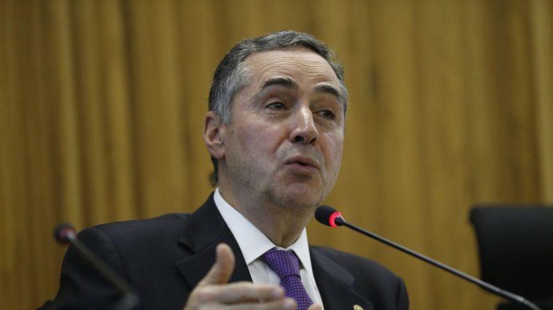 Roberto Barroso nega transferência de líder do PCC de Brasília