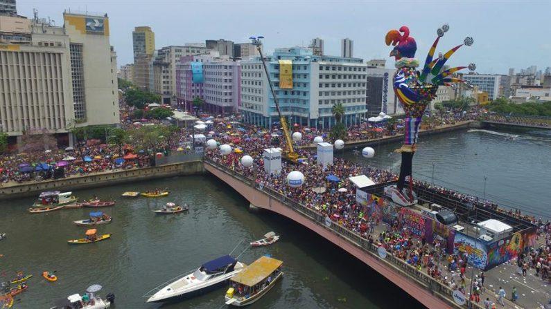 Mais de 300 detidos no estado de São Paulo durante o carnaval de sábado