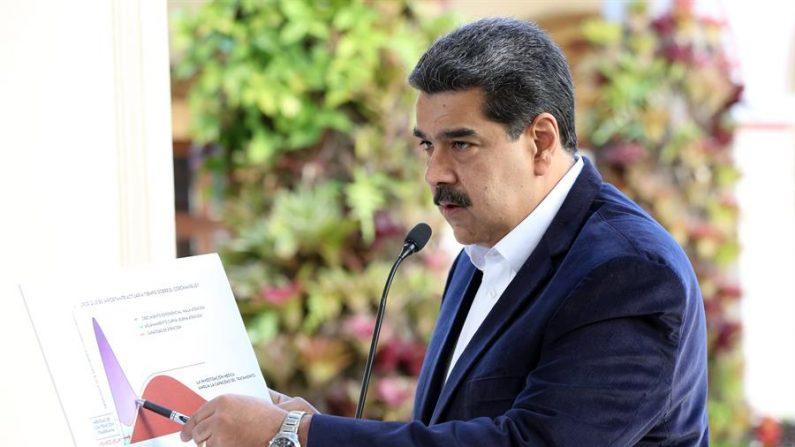 Maduro ordena 'quarentena total' na Venezuela para interromper o coronavírus