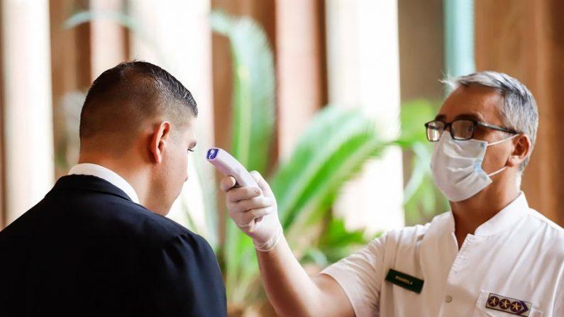 Paraguai decreta estado de emergência sanitária para interromper a expansão do coronavírus