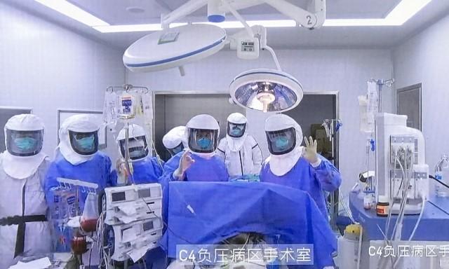 Transplantes de pulmão lançam dúvidas sobre o programa de doação de órgãos da China