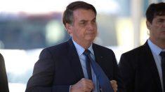 Bolsonaro fala com Trump e anuncia mais medidas ante 'problema mundial'