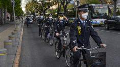 Entrevistas com moradores da cidade chinesa atingida por vírus revelam a realidade do segundo surto