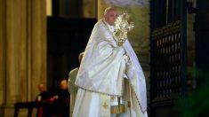 Papa pede respeito por medidas para a saída do confinamento