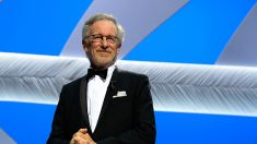 Spielberg envia comida a hospital e doa US$ 500 mil para combate a pandemia