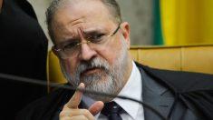 Senadores pedem que Augusto Aras seja investigado