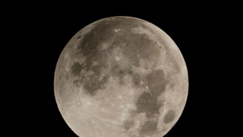 Marte e a Lua aparecerão lado a lado em uma rara exibição cósmica em 14 de maio