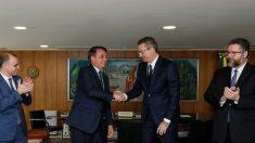 Bolsonaro nomeia auxiliar de Ramagem para o cargo de diretor-geral da PF