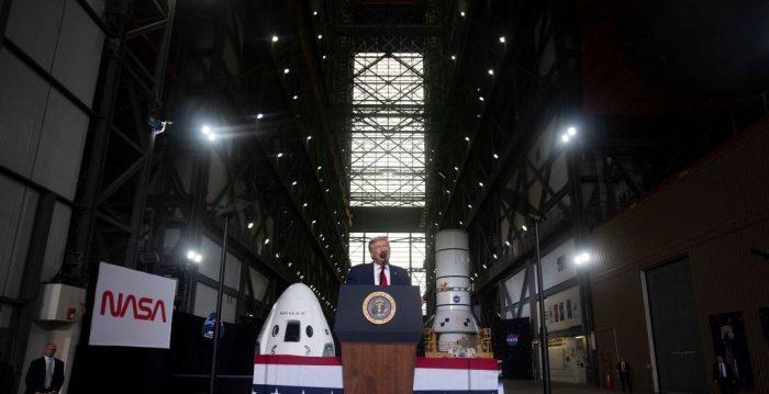 Decola 1º voo dos EUA à Estação Espacial Internacional em 9 anos