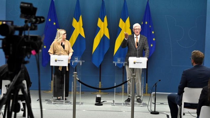 Chanceler da Suécia defende estratégia do governo contra a Covid-19