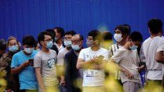 Moradores de Pequim temem contrair o vírus em locais de teste saturados e inseguros