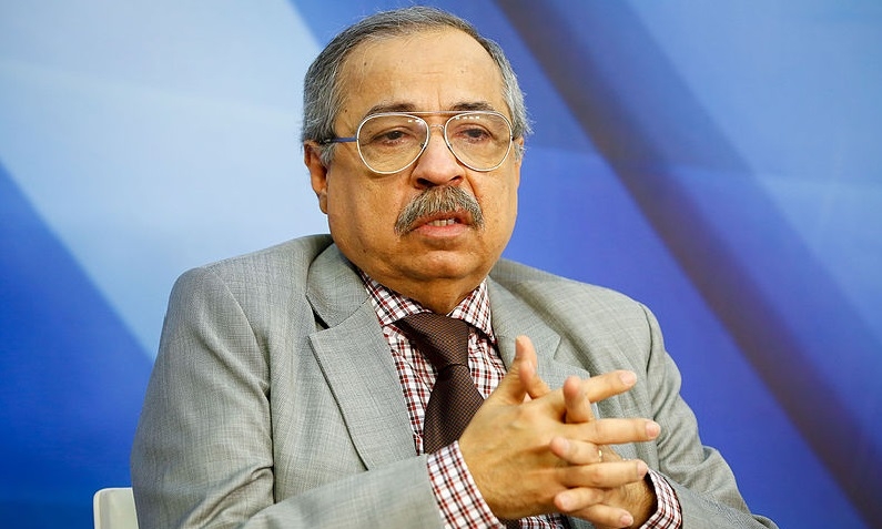 O ministro Og Fernandes ao assumir a Corregedoria-Geral da JF em 05 de outubro de 2015 (Sérgio Lima/STJ)