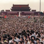 Ativistas chineses contam a tragédia do massacre na Praça da Paz Celestial 31 anos depois
