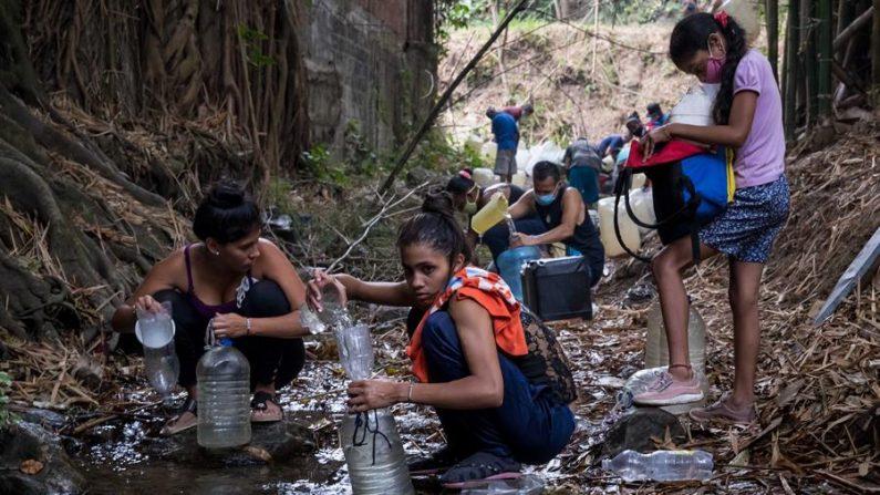 Venezuela recebe remessa de ajuda humanitária do Irã