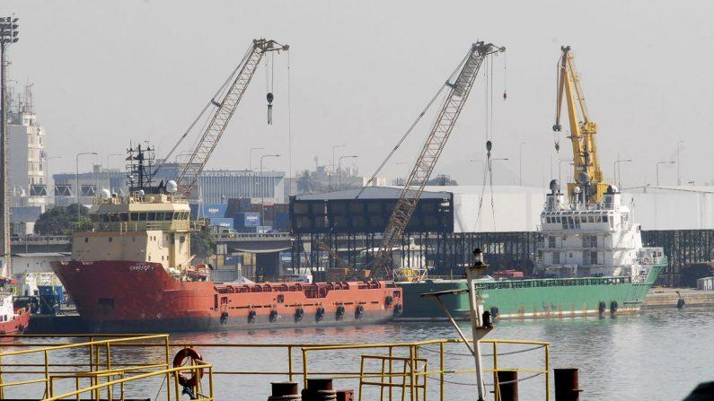 Balança comercial tem superávit de US$ 4,548 bilhões em maio
