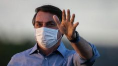 Bolsonaro se reúne com deputados para discutir possível retorno ao PSL