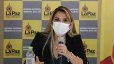 Jeanine Añez, presidente interina da Bolívia, é infectada com COVID-19 e entra em quarentena