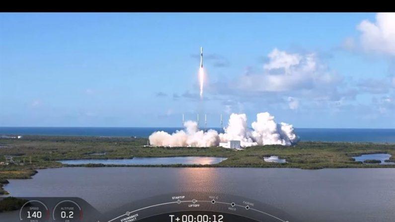 SpaceX envia satélite Anasis 2 da Coreia do Sul para o espaço