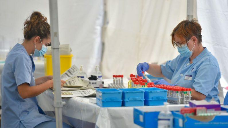 Espanha testa tratamento que reduz mortalidade em casos críticos de Covid-19