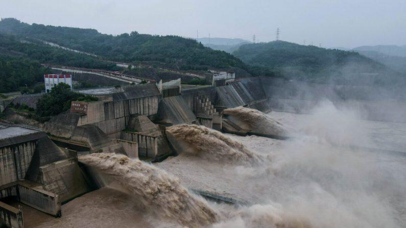 China: fortes chuvas atingem a bacia do Rio Amarelo causando inundações em vários lugares