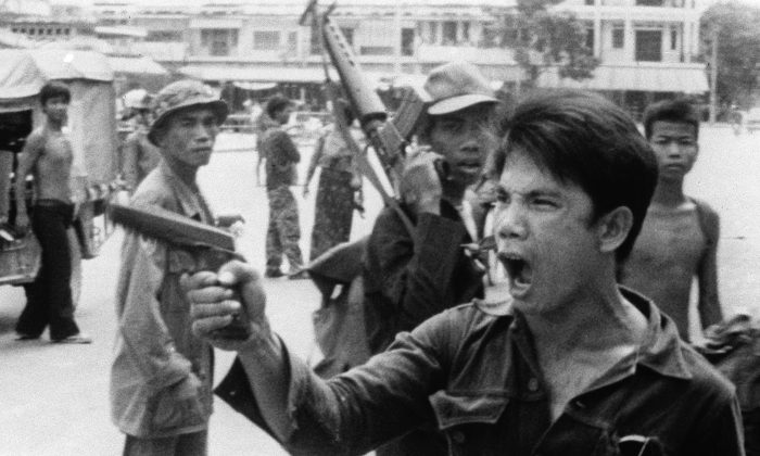 Comunismo matou 100 milhões de pessoas no século 20: não mostre o dedo do meio para um memorial de suas vítimas