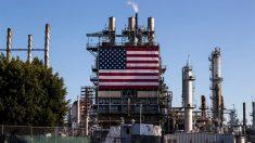 """Trump insiste para Congresso """"pensar grande"""" sobre pacote de estímulo nos EUA"""