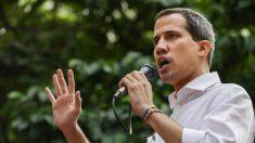 Guaidó muda convocação para se mobilizar na rua para agir nas escolas médicas