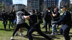 Protestos contra confinamento terminam com pelo menos 18 presos na Austrália