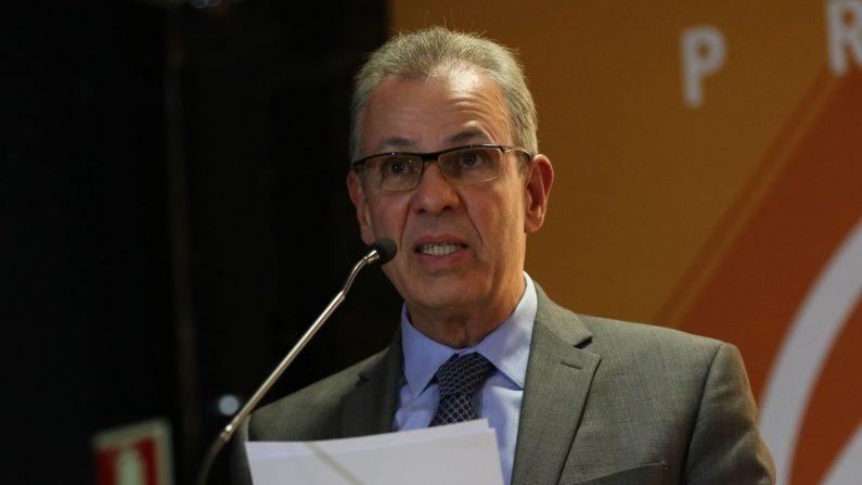 Bento Albuquerque diz que prioridade é a capitalização da Eletrobras