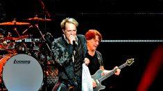 Ícone do rock, guitarrista Eddie Van Halen morre aos 65 anos