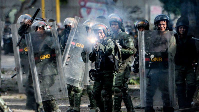 Crise da Venezuela ameaça democracias próximas, afirmam especialistas