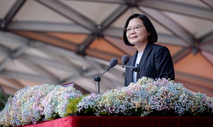 Pequim enfrenta Taiwan em comemoração ao Dia Nacional e rejeita diálogo diplomático