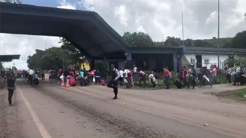 Fugindo do Socialismo, venezuelanos chegam em massa ao Acre