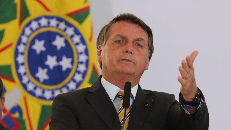 CPI é 'jogadinha casada' de Barroso com a esquerda contra o governo, acusa Bolsonaro