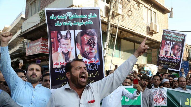 Al Qaeda pede morte de quem insultar Maomé