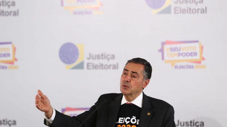 Barroso lança campanha em defesa da urna eletrônica